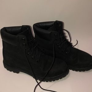 Black Womens Timberlands size 8.5
